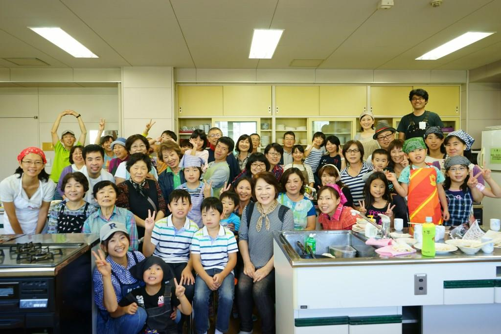 「石狩に住んでて良かった!」 石狩厚田の魅力発見バスツアー 札幌・石狩から50人! イモ・トマト収穫、ソバ打ち、料理、朝市!
